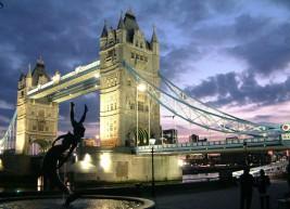 V london iz ..